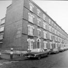 Pullens: crampton st-1977